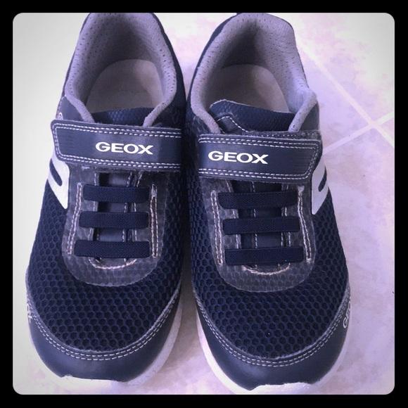guter Service verrückter Preis neue Sachen Geox Shoes   Lights Up Leather Trimmed Sneakers Size 33   Poshmark